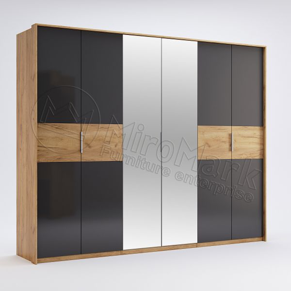 Wardrobe with 6 doors